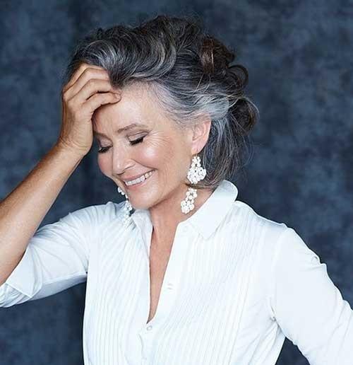 Stylish-Haircut Short Haircuts for Older Women 2018-2019