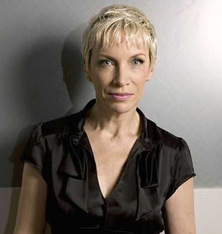 Super-Short-Boyish-Haircut-for-Older-Women Best Short Haircuts for Older Women
