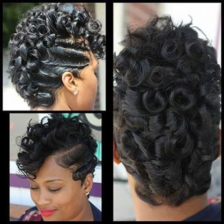 Curly-Hair-1 Short Haircuts for Black Women with Round Faces