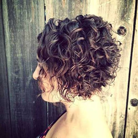 Curly-Stacked-Bob-Haircuts Short Natural Curly Hairstyles