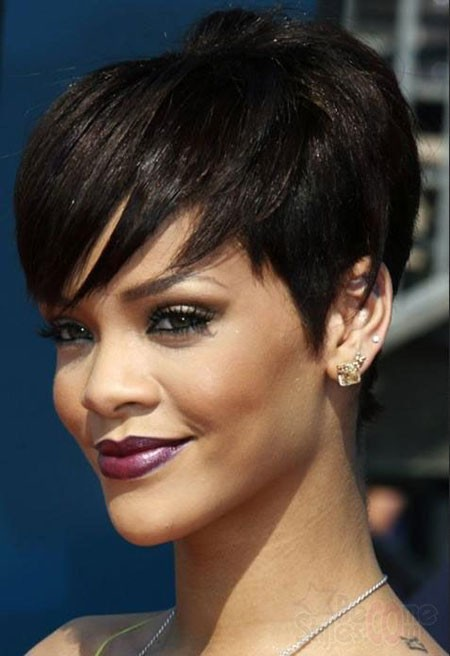 Rihanna-Short-Hair Cute Short Hairstyles for Black Women