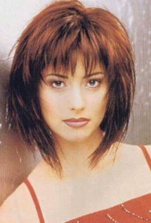 Shaggy-Hairstyle-with-Blunt-Bangs-for-Women Short Shaggy Haircuts