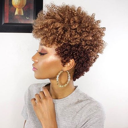 Super-Curly Best Short Hairstyles for Black Women