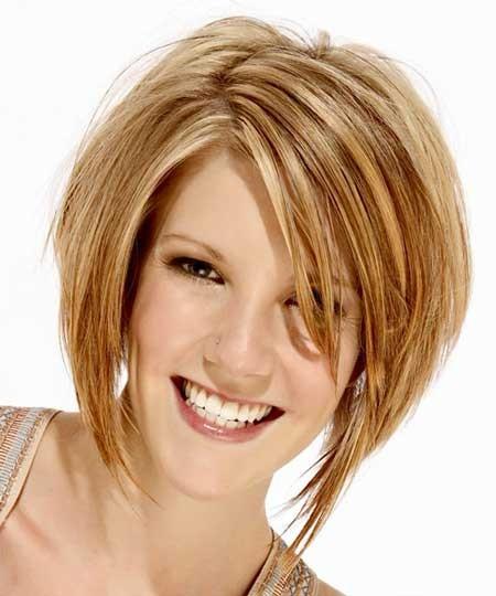 Blonde-Asymmetrical-Layered-Bob Layered Bob Haircuts
