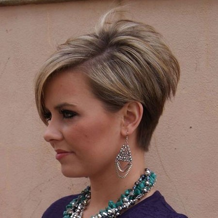 Elegant-Style Cute And Easy Hairstyles for Short Hair