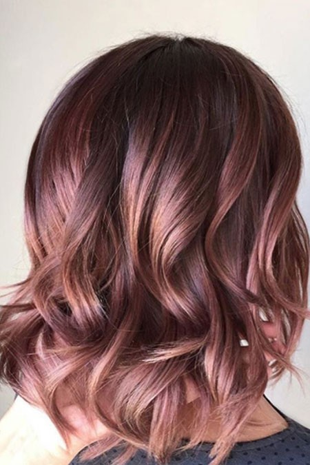 Modern-Wavy-Hairstyle New Short Hair with Color