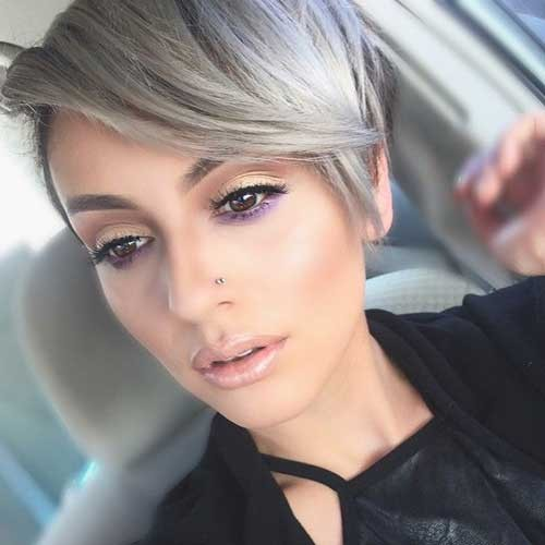 Stylish-Short-Blonde-Pixie-Haircut Best Short Pixie Cuts