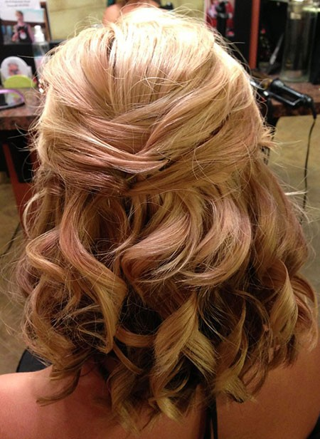 Wedding-Hairtyle-for-Medium-Short-Haircut Nice Updos for Short Hair