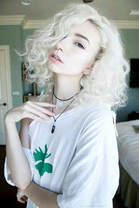 White-Curly-Hair Short Curly Blonde Hair Ideas