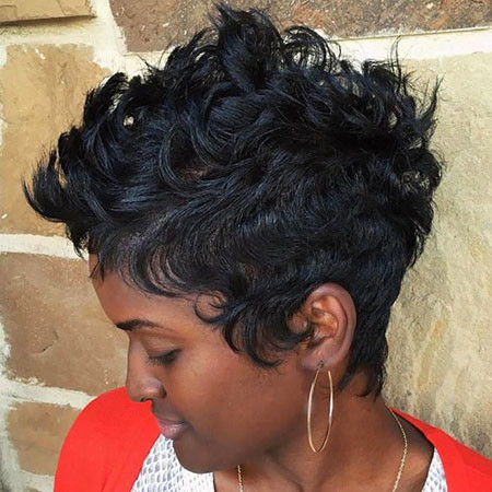 22-Short-Hairtyles-for-Black-Women-414 Short Haircuts for Black Women