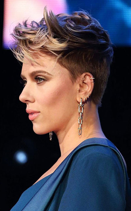 Blonde-Bangs Best Scarlett Johansson Short Hair