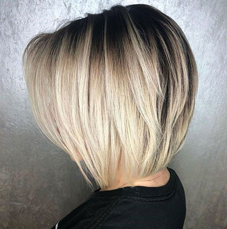 Blonde-with-Layer-1 Best Layered Bob Hairstyles