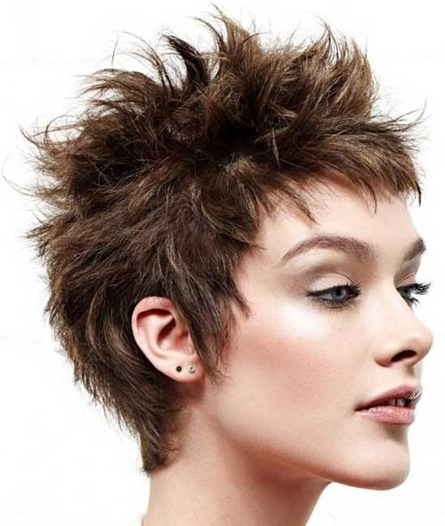 Chic-Short-Spiky-Hairdo-for-Girls Spiky Short Haircuts