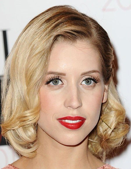 Fancy-Bob-Cut Short Hairstyles for Oblong Faces