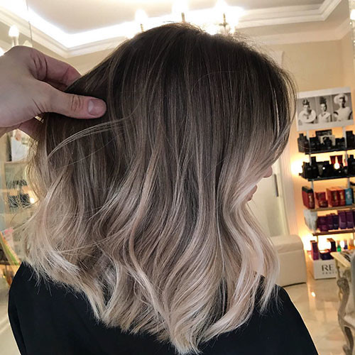 Ombre-Haircolor Best Short Hairstyles for Women 2019