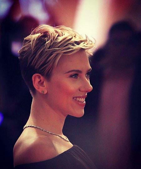 Pixie-Hair Best Scarlett Johansson Short Hair
