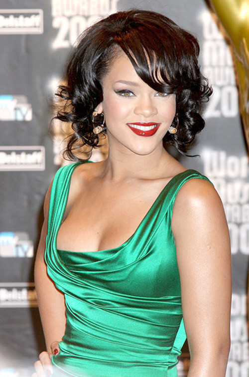 Rihanna-short-curly-hairstyles-2012 Trendy Short Celebrity Hairstyles