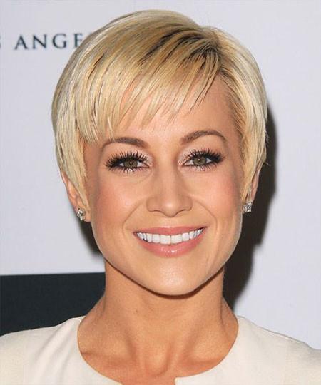 Short-Haircuts-for-Straight-Hair-1 Short Haircuts for Straight Hair