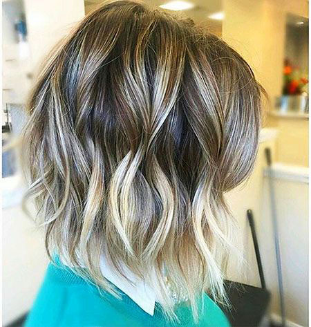 Short-Hairstyles-for-Wavy-Hair-15 Short Hairstyles for Wavy Hair