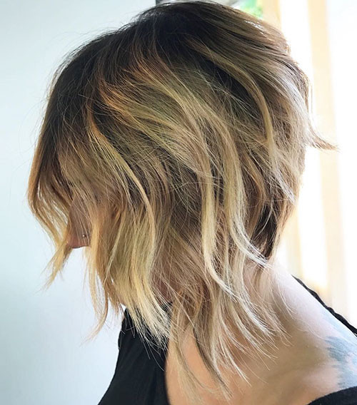 Short-Layered-Bob-Hair Best Short Hairstyles for Women 2019