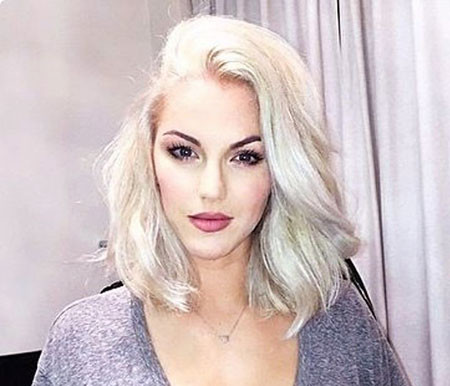 Shoulder-Length-Layered-Cut Best Short White Blonde Hair