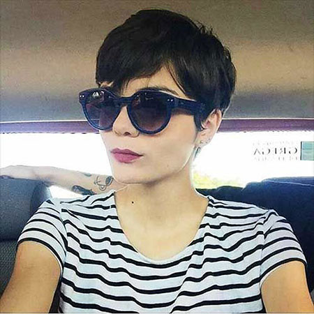 11-Short-Hairtyles-561 Short Hairstyles for Women