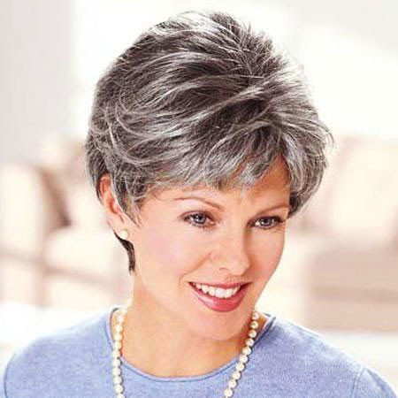 28-Salt-and-Pepper-Hair-Style-684 Short Hairstyles for Women Over 50