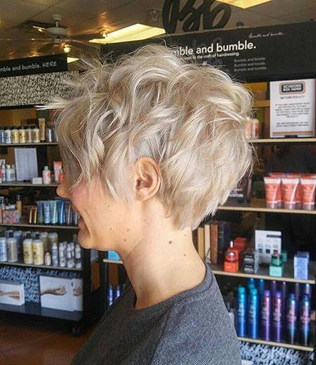9-Short-Hairtyles-559 Short Hairstyles for Women