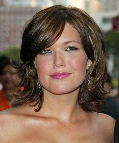 Bob-Hairstyle-with-Bangs-for-Chubby-Faces Short Haircuts For Chubby Faces