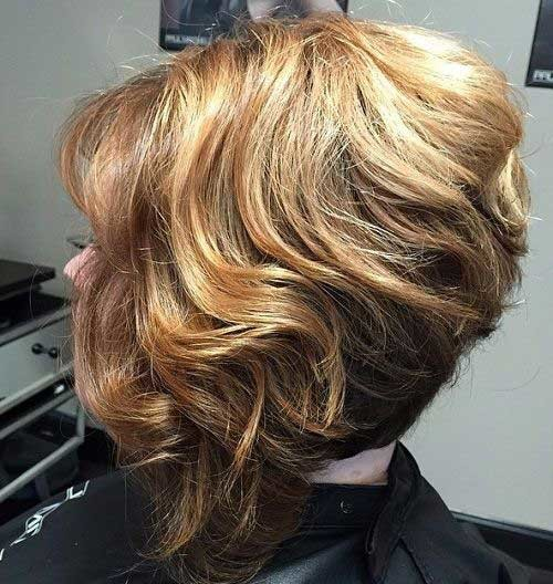 Chic-Curls Really Trending Short Stacked Bob Ideas