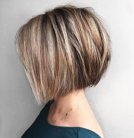 Soft-Layers Short Hairstyles for Women