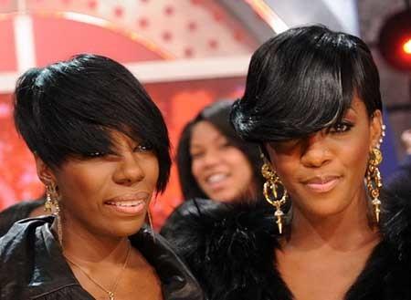 Wavy-Asymmetrical-Short-Hairdo-for-Black-Women Short Bob Hairstyles for Black Women