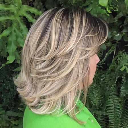 17-Short-Layered-Haircuts-776 Short Layered Haircuts