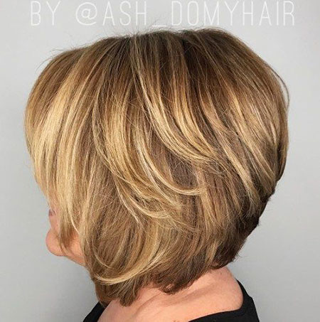 28-Hairtyles-for-60-Year-Old-Woman-787 Short Layered Haircuts