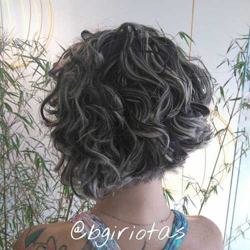 Curly-Bob-Hairstyle Best Curly Short Hairstyles