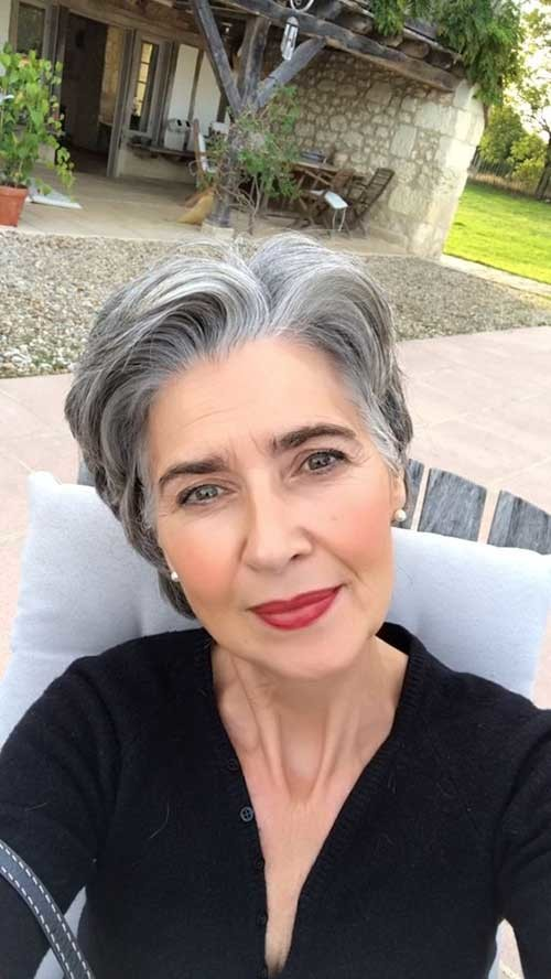 Hairstyle-for-Elderly-Ladies Classy Pixie Haircuts for Older Women