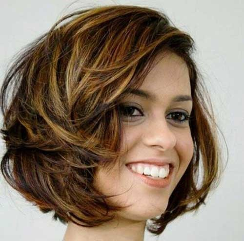 Layered-Messy-Hairstyle 2018 Latest Layered Short Haircuts for Round Faces