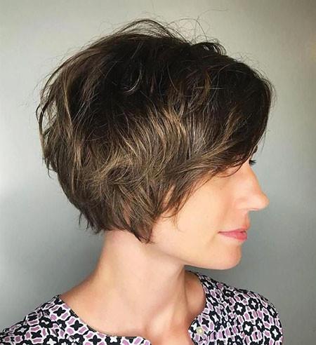 Soft-Layers Short Messy Haircuts