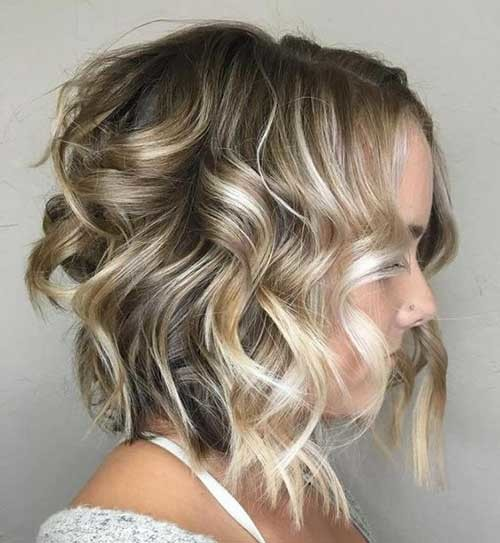 Wavy-Angled-Bob Best Curly Short Hairstyles