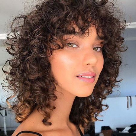 77-Short-Curly-Hairstyles-2019 Popular Short Curly Hairstyles 2018 – 2019