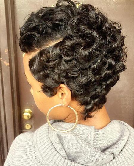 81-Short-Pixie-Hairstyles-for-Black-Women Best Short Pixie Hairstyles for Black Women 2018 – 2019