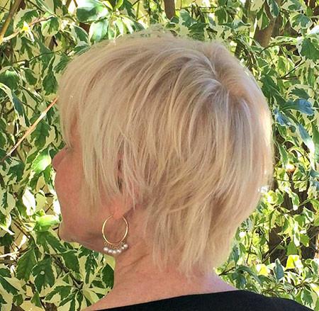 Blonde-Hair-1 Trendy Short Hairstyles 2019