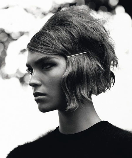 Cool-60's-Cut-with-Headpiece 1960's Short Hairstyles