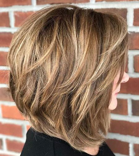 Layered-Bob-Thick-Hair Popular Short Haircuts 2018 – 2019
