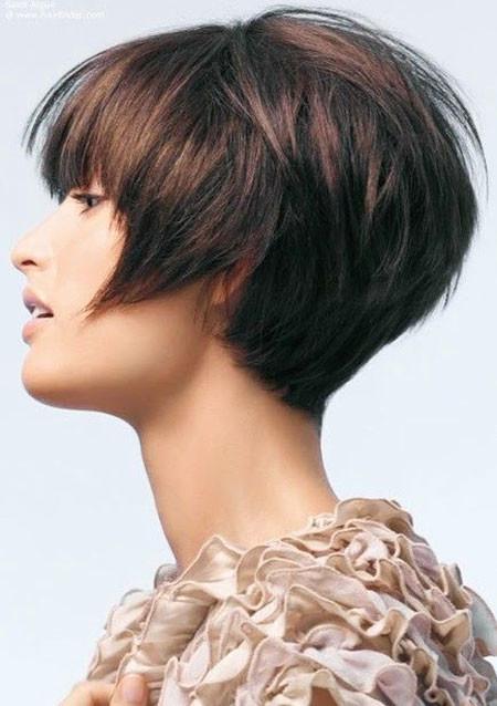 Layered-Brunette-Bob 1960's Short Hairstyles