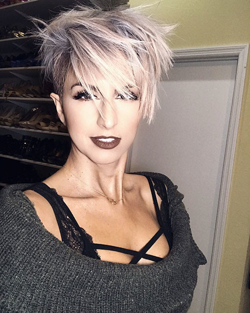 Layered-Messy-Hair Short Layered Haircuts 2018 – 2019
