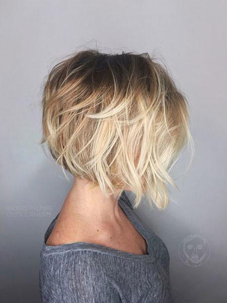 Medium-Bob-Cut Hair Color Ideas for Short Haircuts