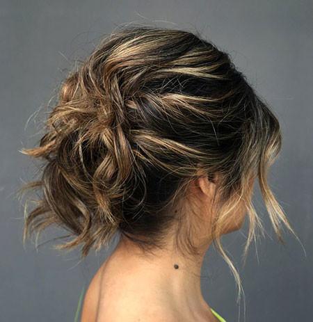 Messy-Updo-for-Short-Hair Hair Buns for Short Hair