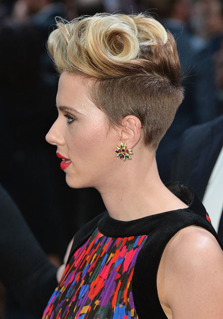 Pixie-Hair-with-Short-Sides Scarlett Johansson Short Hairstyles