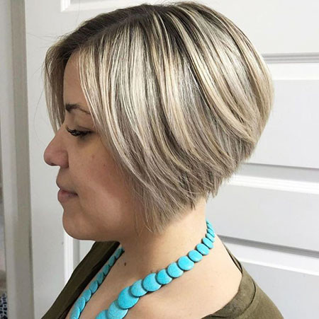 Short-Blonde-Bob-1 Short Inverted Bob Hairstyles